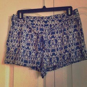 Blue print flowy shorts